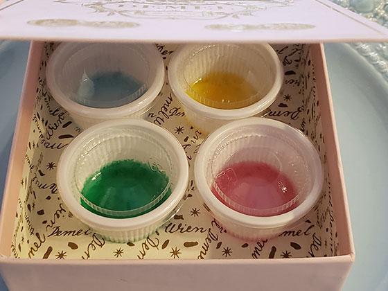 着色レジン液の保管方法